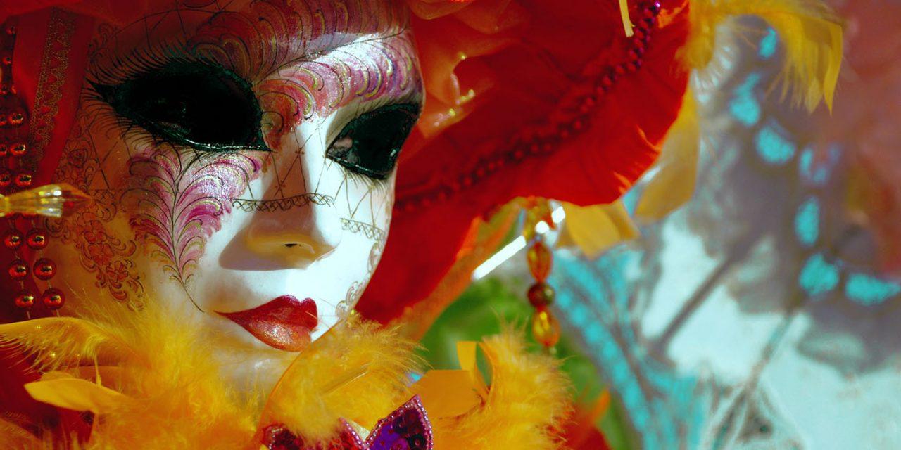 Clase especial de gimnasia para mayores con motivo del Carnaval