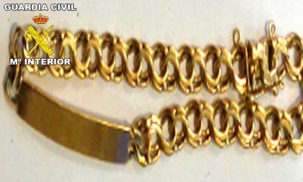 Un detenido en La Carolina por presunto robo de joyas