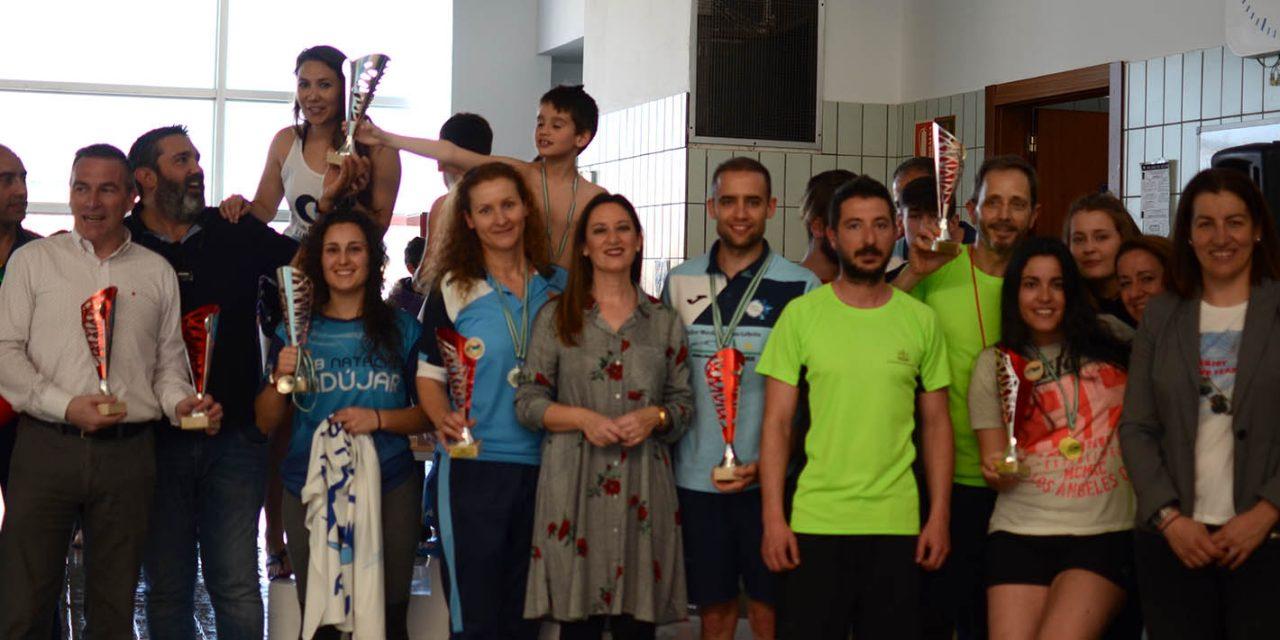 200 nadadores en el Trofeo de Natación del Día de Andalucía de La Carolina