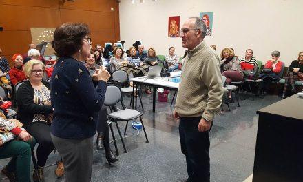 Cuarenta personas participan en un taller de envejecimiento activo en La Carolina