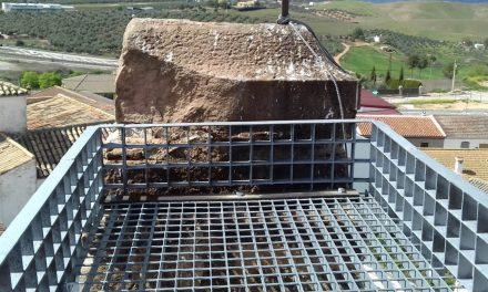 Sustituido el nido de cigüeñas de la iglesia de Navas de Tolosa
