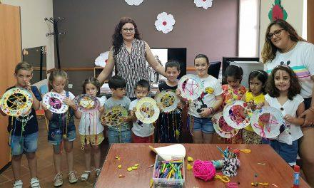 Niñas y niños disfrutan de la magia de San Juan