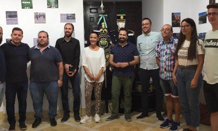 La exposición histórica de la Agrupación Musical de la Entrada de Jesús en Jerusalén inaugura los actos de su cuarenta aniversario