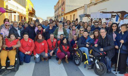 La Feria de la Discapacidad muestra la labor de las asociaciones en la mejora de la calidad de vida