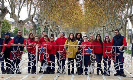 La escuela taller La Carolina 250 Aniversario elabora 23 luminarias artísticas de led para Navidad