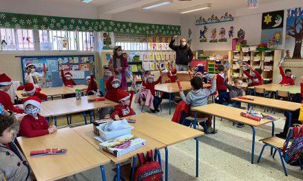 Los Reyes Magos dejan regalos a más de 2.000 niños carolinenses