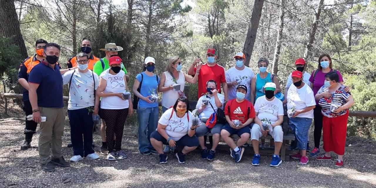 El Centro Ocupacional Los Andaluces realiza una excursión a la Vía Verde del Segura