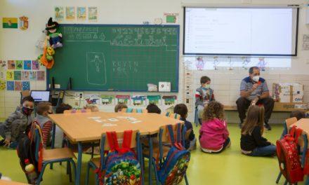 Andalucía aumentó su presupuesto en Educación un 10,2% para hacer frente al COVID
